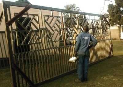 CUSTOM MADE SLIDING GATES